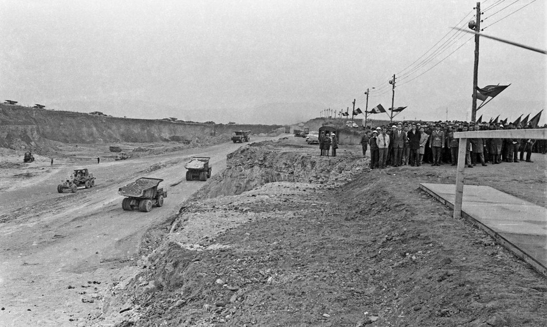 Canalul Dunăre - Marea Neagră în construcție - 1977